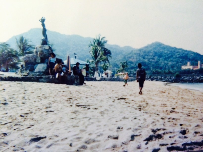 soccer-on-the-beach-mexico